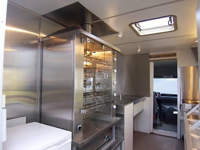 mercedes benz h hnchen grill verkaufsmobil selbstfahrer. Black Bedroom Furniture Sets. Home Design Ideas