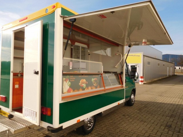 fiat food truck mit gas fritteuse grill imbiss k hltheke. Black Bedroom Furniture Sets. Home Design Ideas