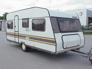 knaus caravan 8403 wohnwagen typ 438 in berlin und brandenburg. Black Bedroom Furniture Sets. Home Design Ideas