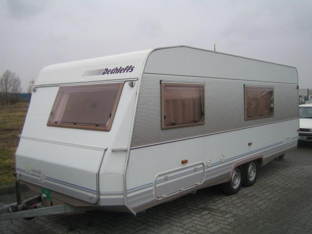 Wohnwagen Doppelachse Etagenbett : Dethleffs rb sk wohnwagen camper etagenbetten vorzelt