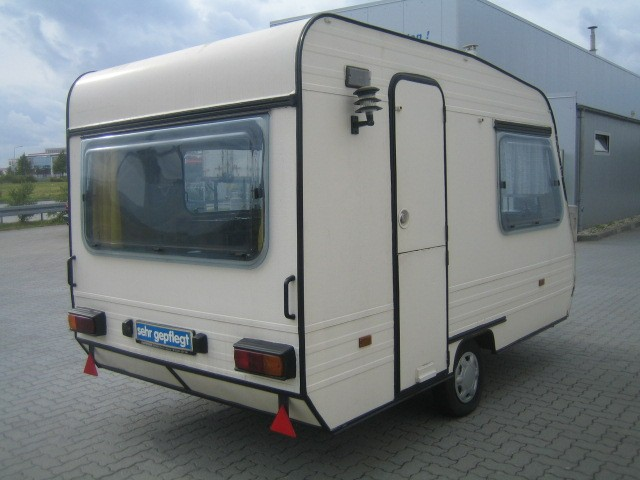 adria model 330 slb annee 1980 tat bon bordeaux camping cars. Black Bedroom Furniture Sets. Home Design Ideas